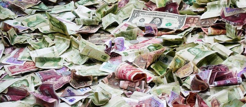 Bancnotele deteriorate sunt trimise pentru preschimbare la băncile centrale prin intermediul turiștilor