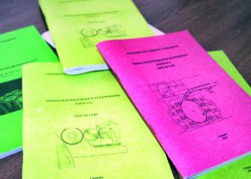 În România, Facultatea de Poligrafie din cadrul Politehnicii a fost desființată încă din 1974