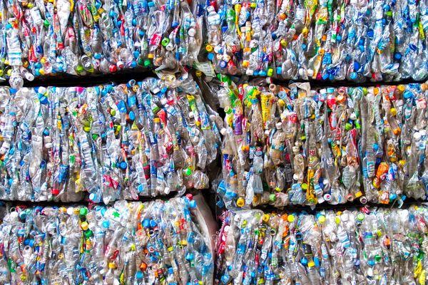 Sistemul german de reciclare al buteliilor de tip PET (polietilenă tereftalată) este un exemplu perfect de gestiune eficace în domeniul reciclării